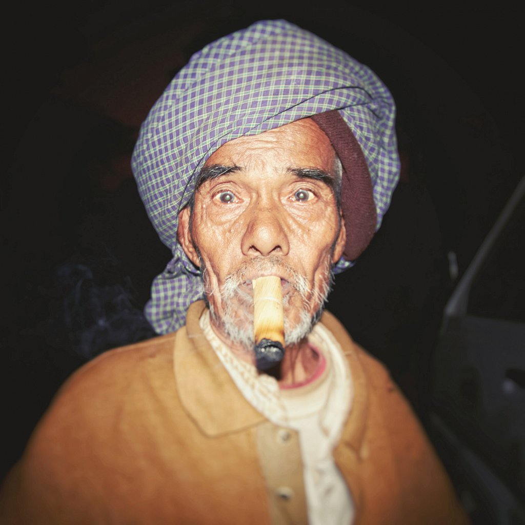 Big Cigare, Burma